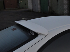 St202-205_small_roof_spoiler_(1)